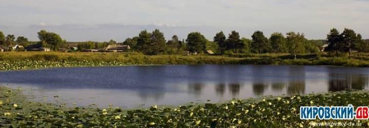 Озеро в селе Луговое